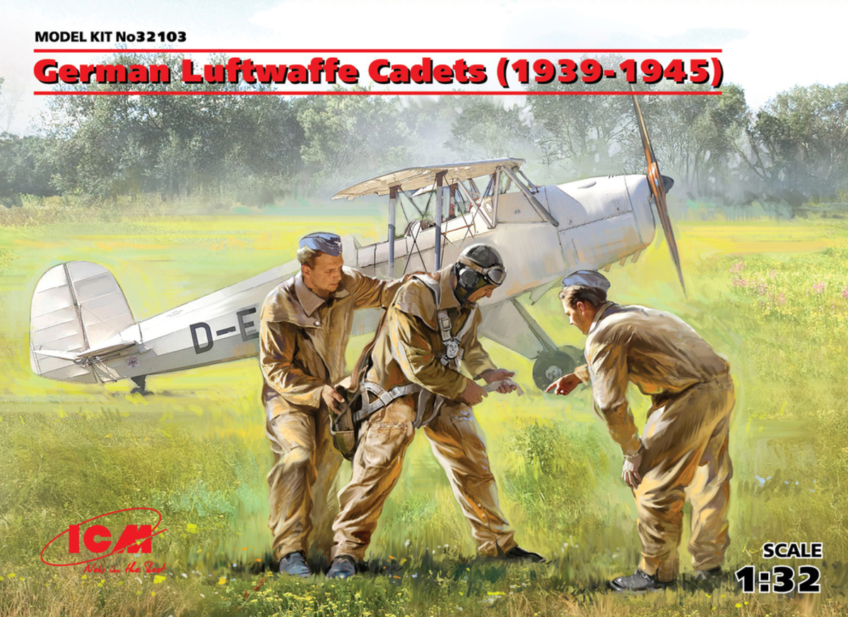ICM 1\32 German Luftwaffe Cadets (1939-1945) (3 figures) (100% new molds) # 32103