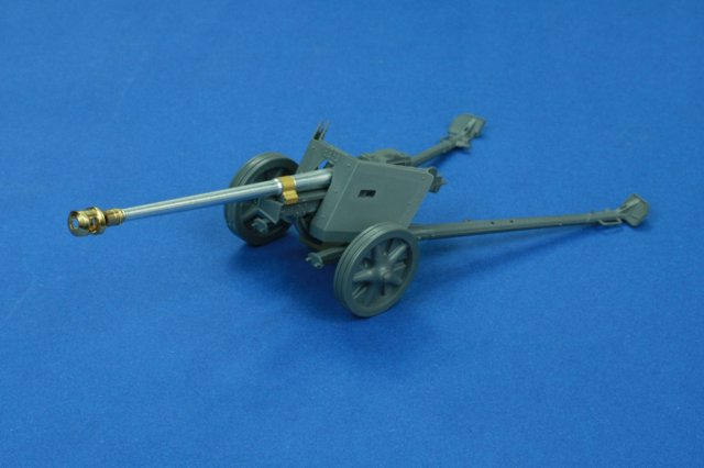RB model 1/35 7.5cm PaK40 L/46  (early model)  Anti-tank gun # 35B57